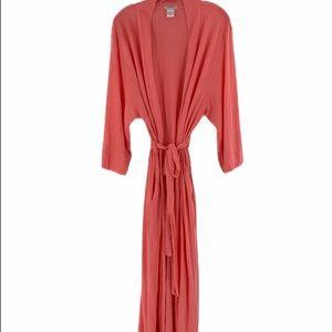Natori X/L robe lightweight with pockets.